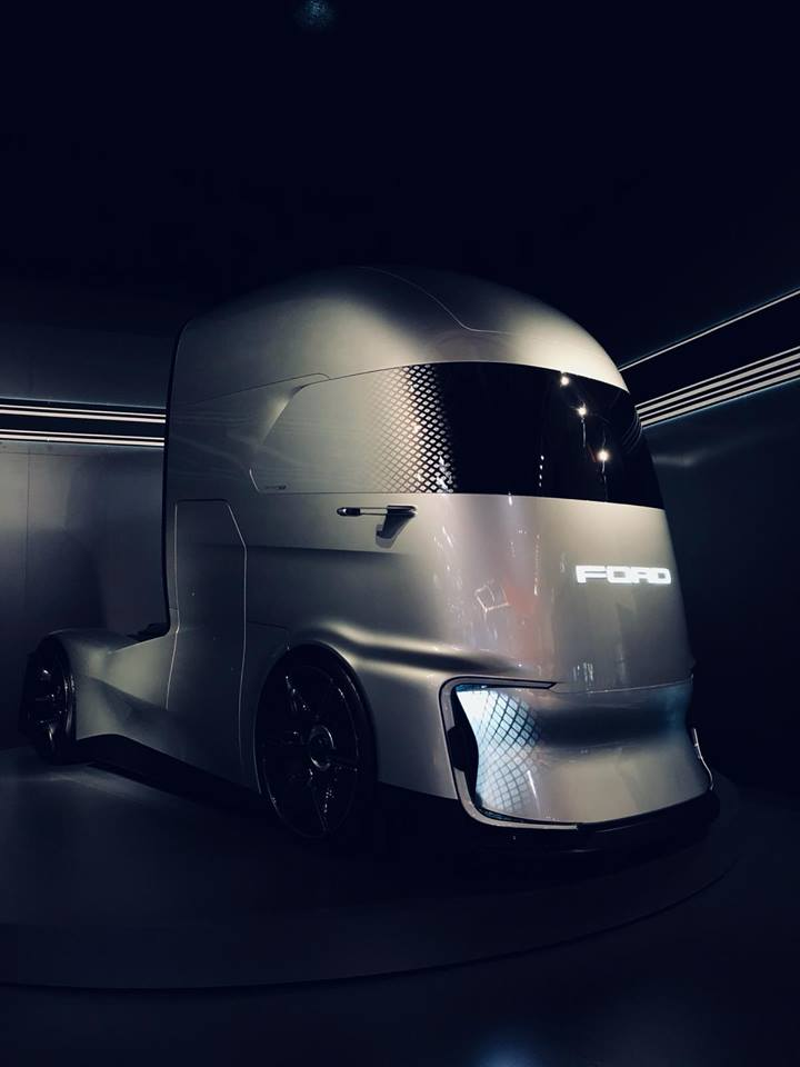Ford F-Vision Truck