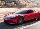 Koenigsegg confiesa sentirse avergonzado por las cifras de aceleración del Tesla Roadster