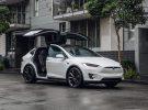 Algunos indicios en el software de Tesla apuntan a una próxima renovación del Model S y X