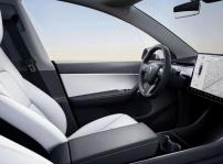 Puesto de conducción Tesla Model Y