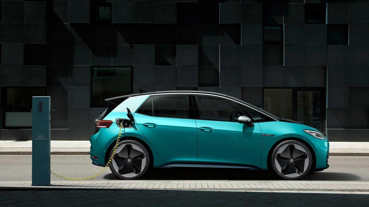 El coche eléctrico llega para quedarse: así es su autonomía y su capacidad sobre el asfalto