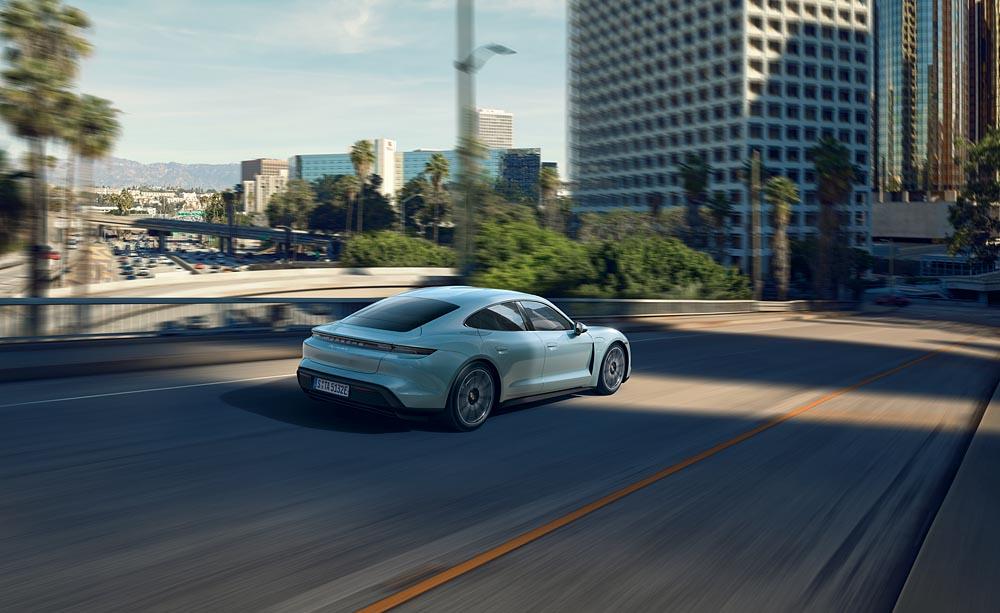 Porsche Taycan 4s 4