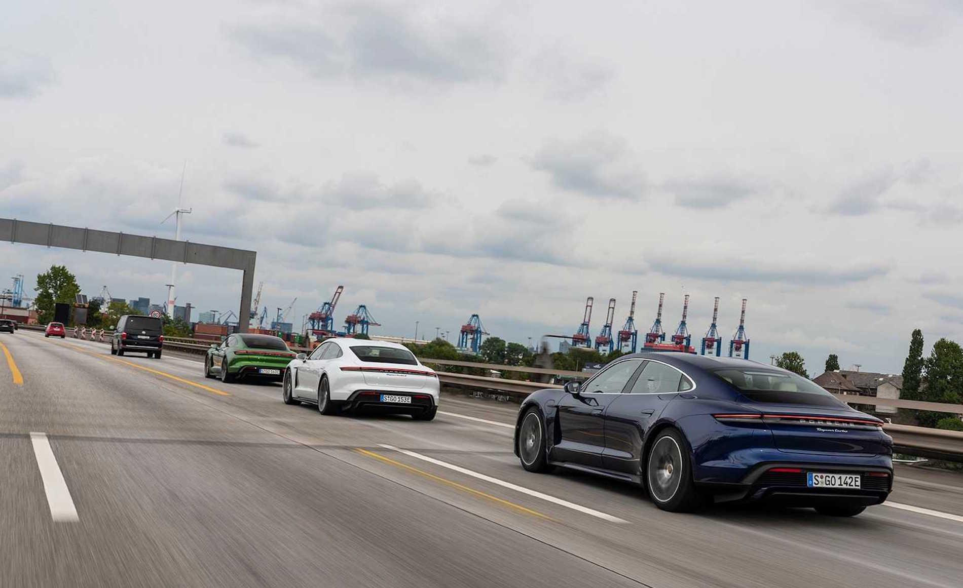 Porsche Taycan Trio Aceleración