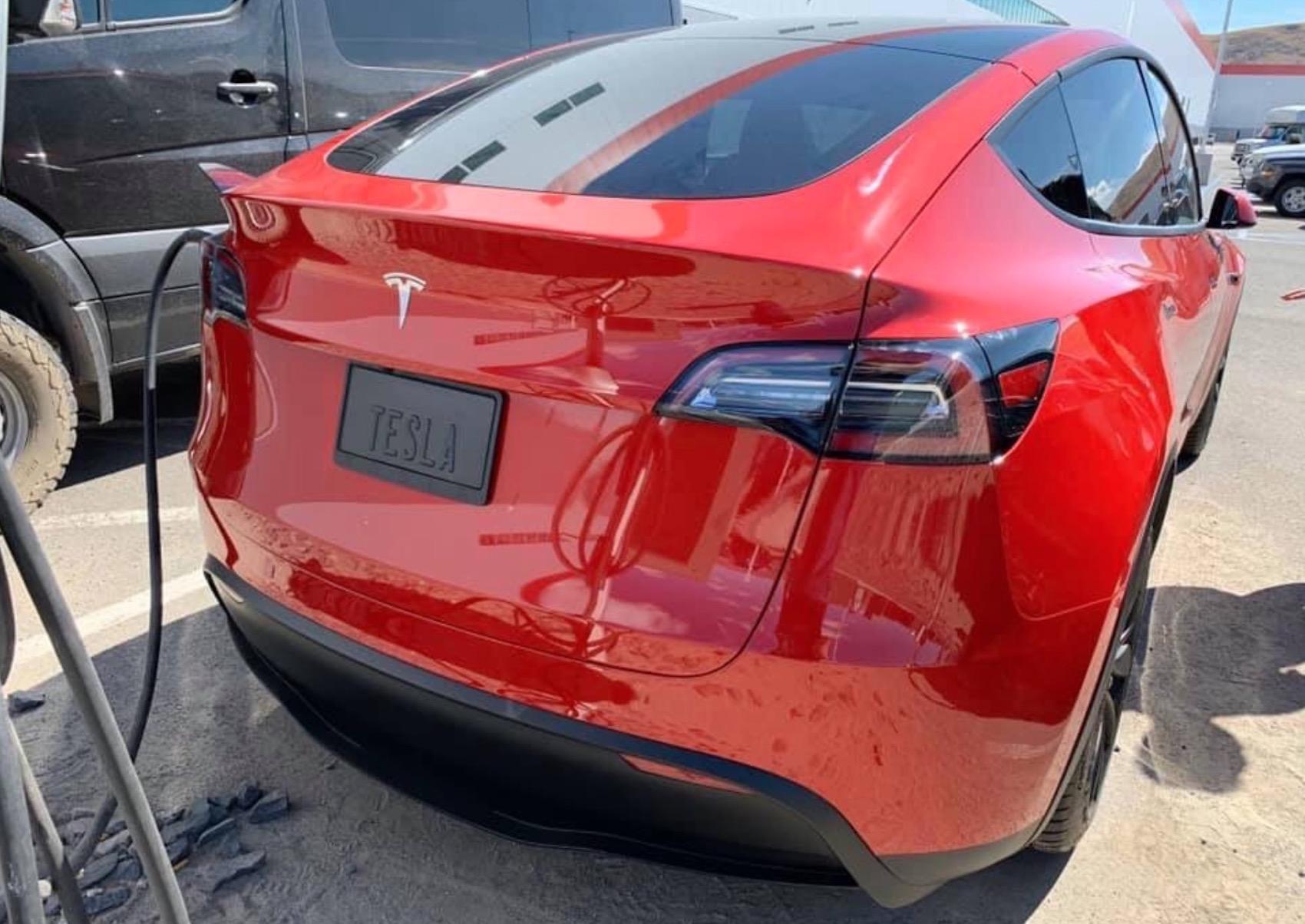 Tesla Modely Rojo