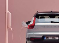 Volvo Xc40 Recharge Charging Back