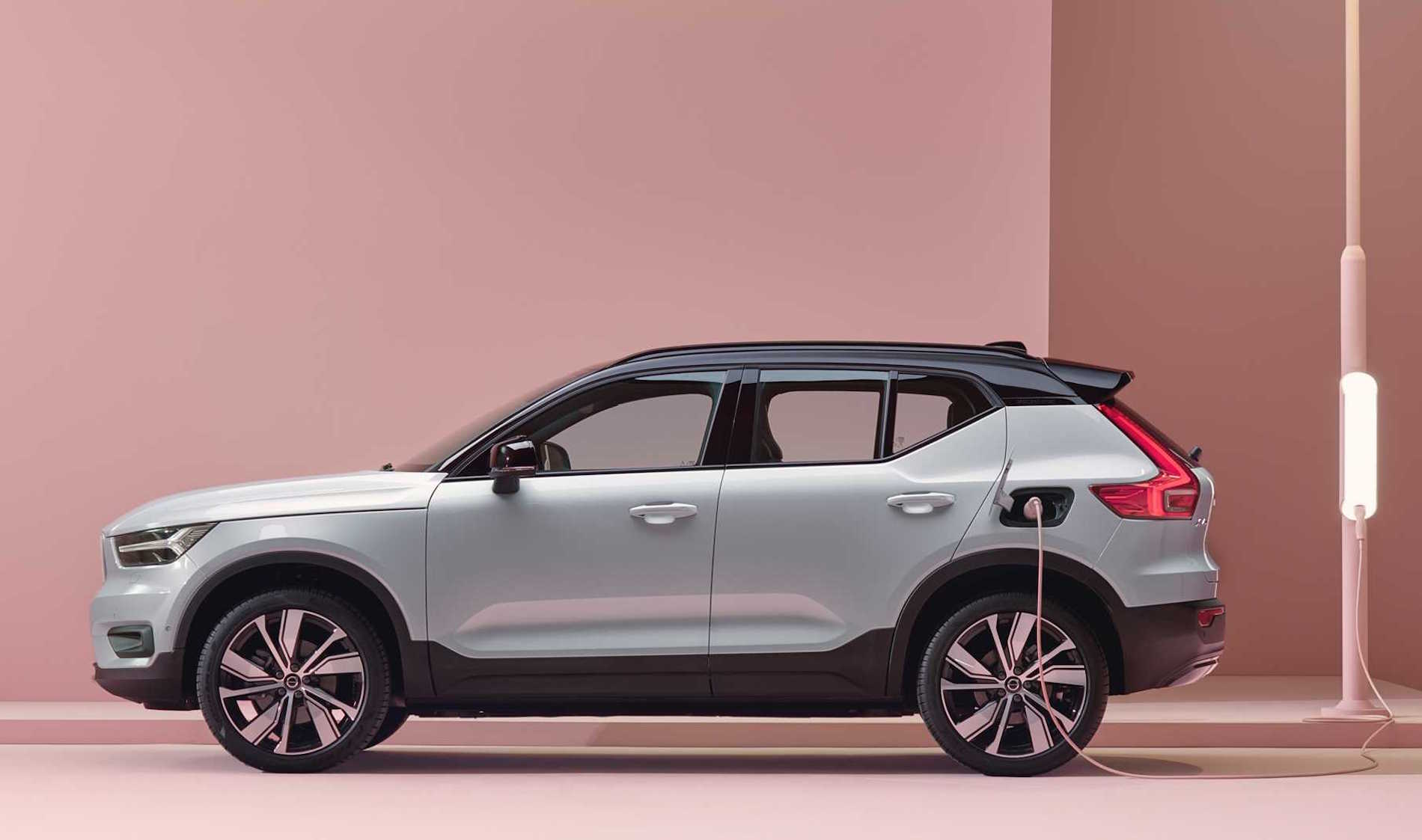 Volvo Xc40 Recharge Lateral