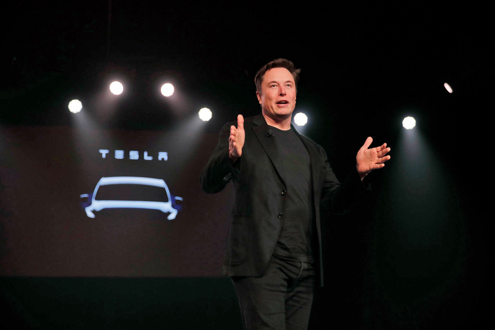 Pick Up Tesla 1