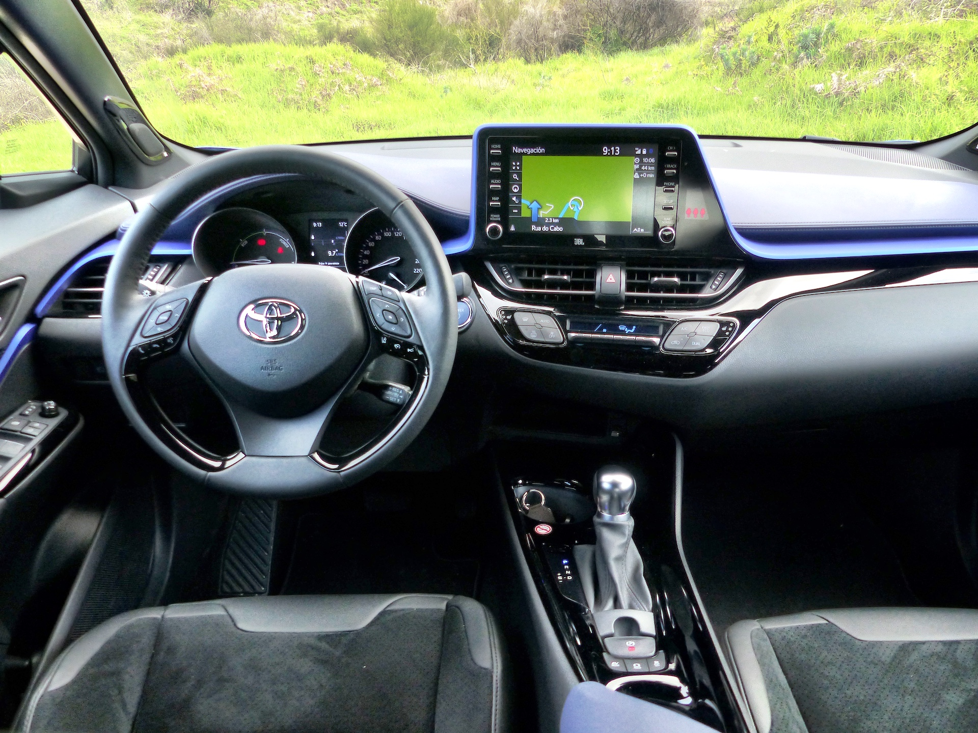 Toyota C Hr Drivingeco 12