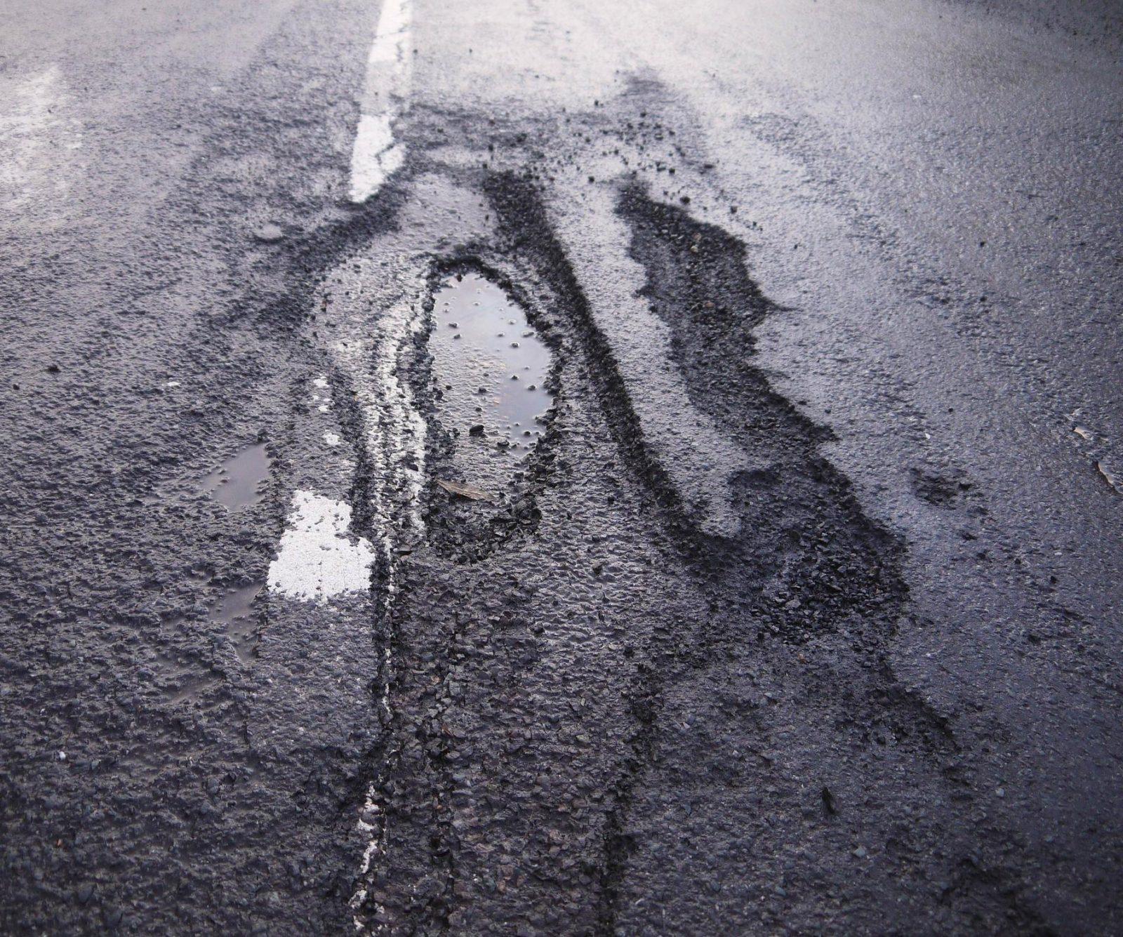 carretera en mal estado
