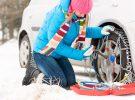 ¿Sabes cómo poner las cadenas en las ruedas en un coche? La Guardia Civil te lo explica