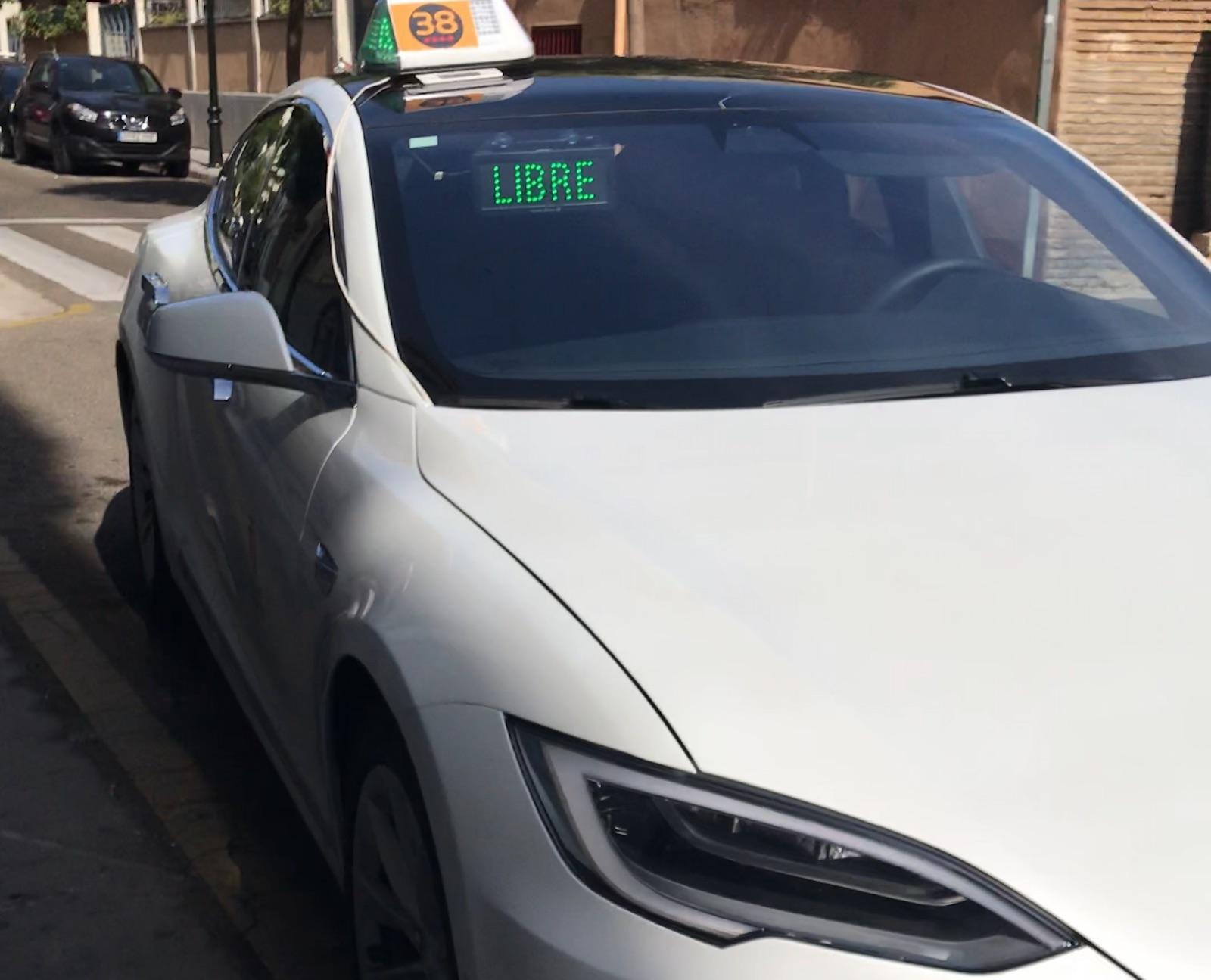 Tesla Taxi Model S