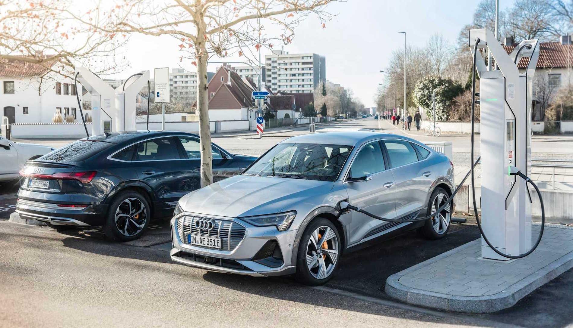 Audi e-tron Sportback Puntos de Carga