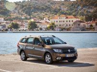 Dacia Logan Mcv 2017 1600 02