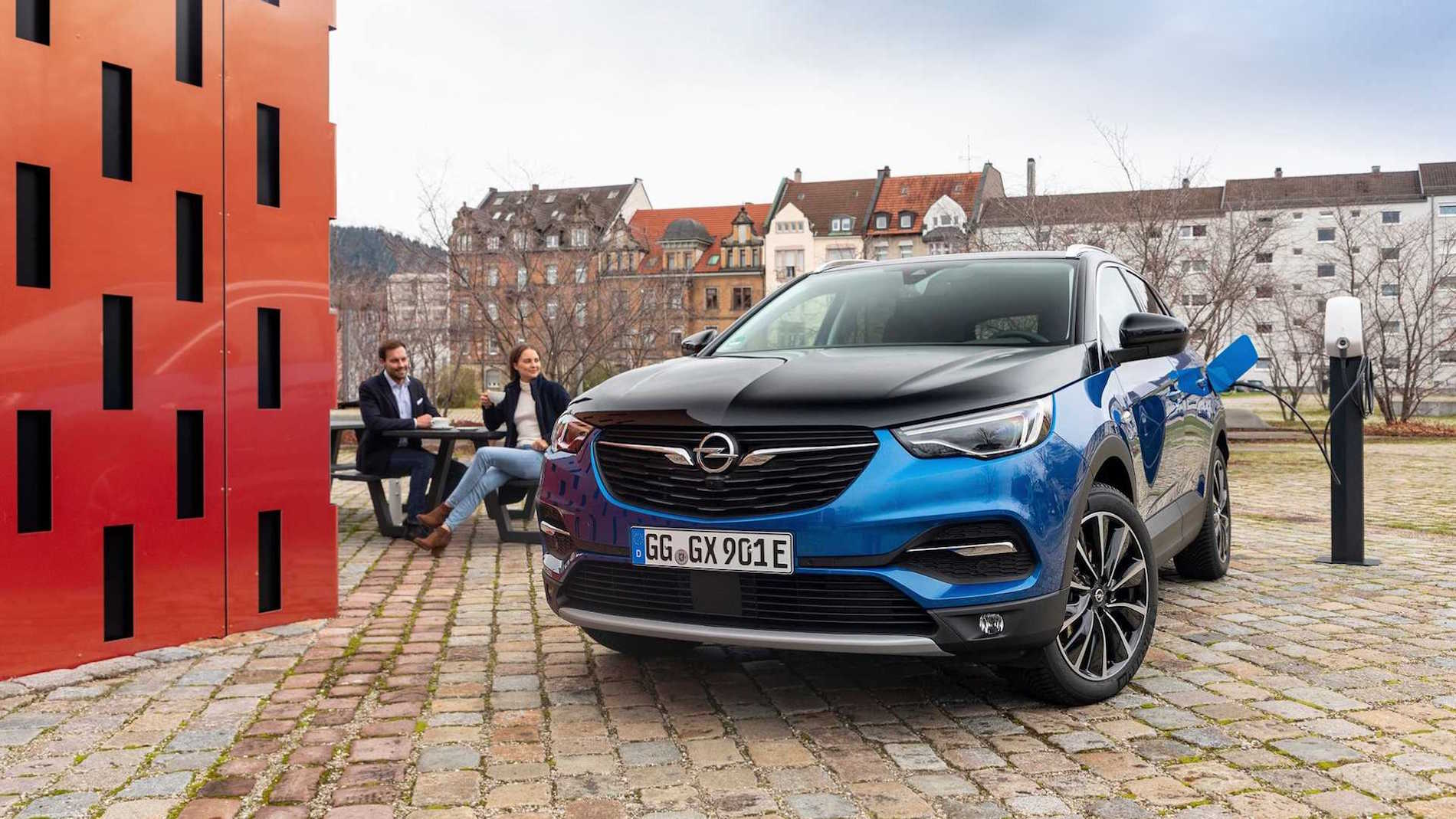 Opel Grandland Charging