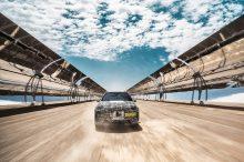 El BMW iNEXT suda en el desierto de Kalahari