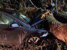 El Autopilot de Tesla salva la vida a los ocupantes de dos Model X implicados en un mismo accidente