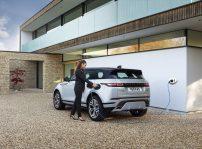 Range Rover Evoque P300e 3