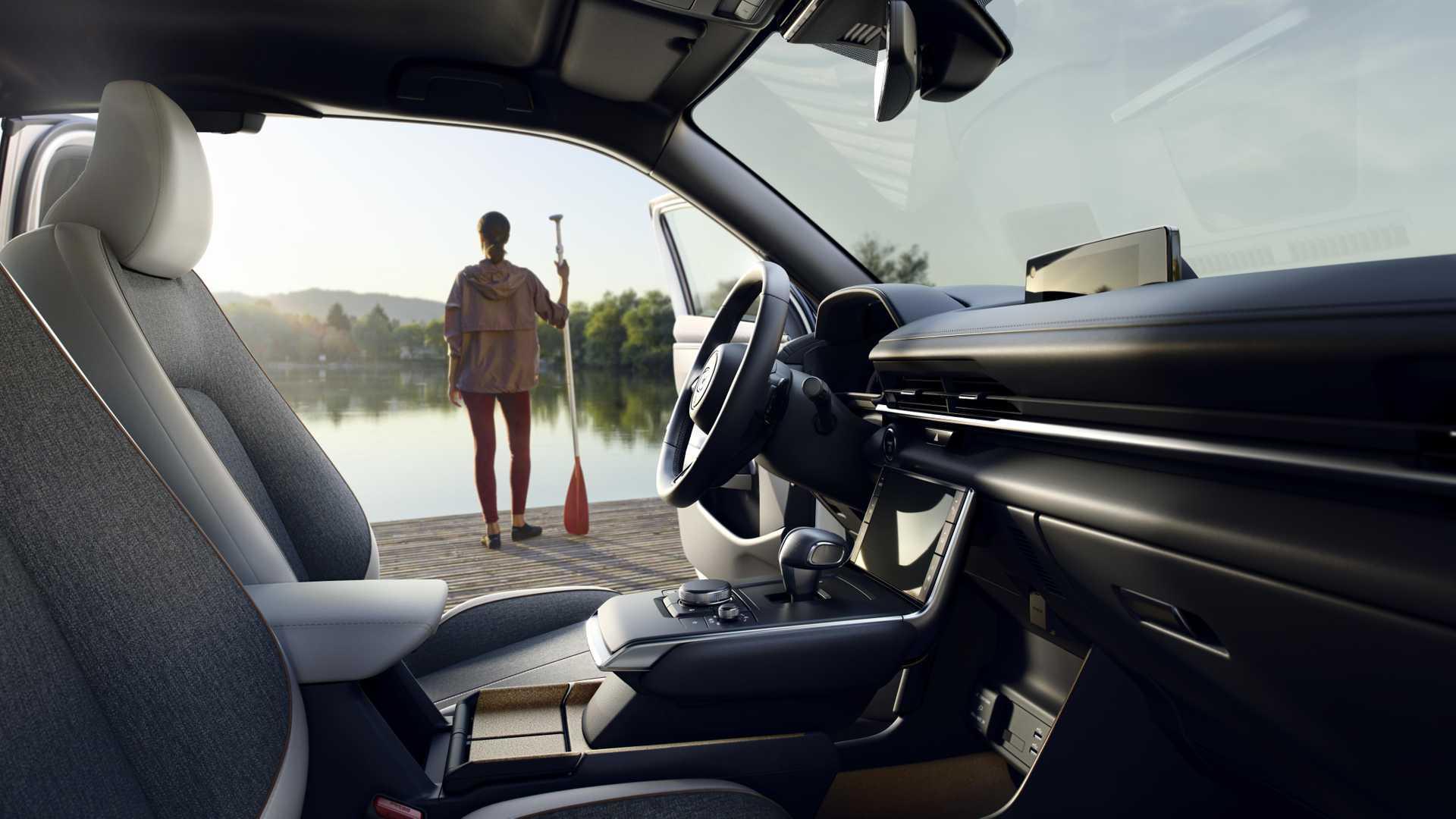 Mazda Mx 30 Interior