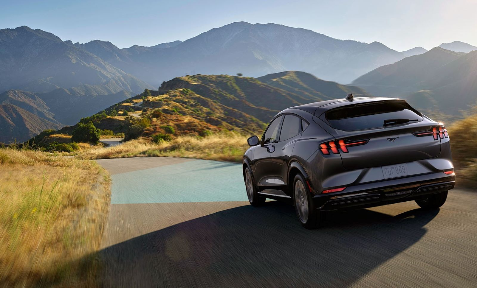 Ford Mustang Mach E Edge Road