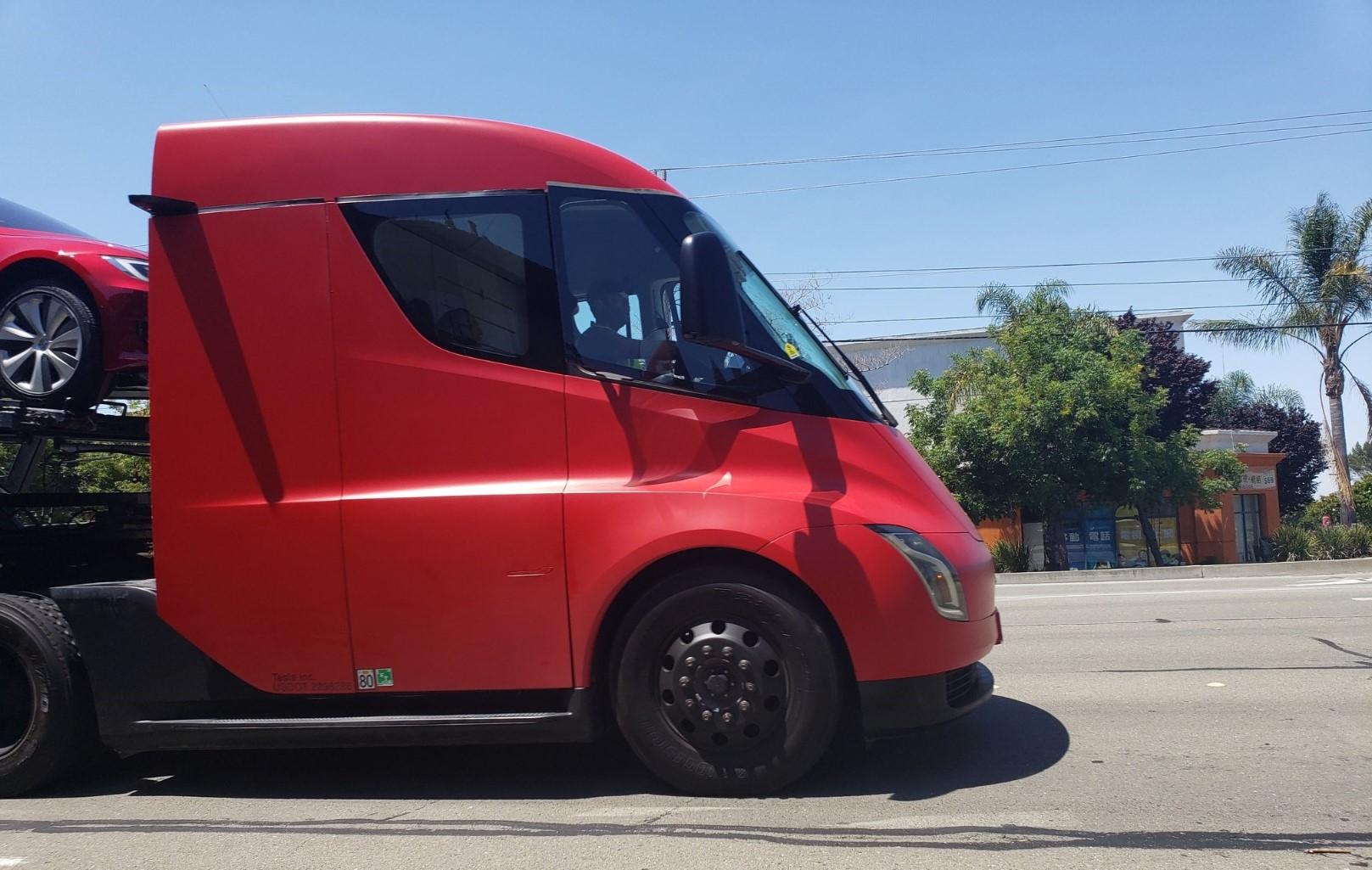 Tesla Semi Transport Fremont