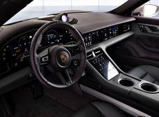 Porsche Taycan Trasera (3)
