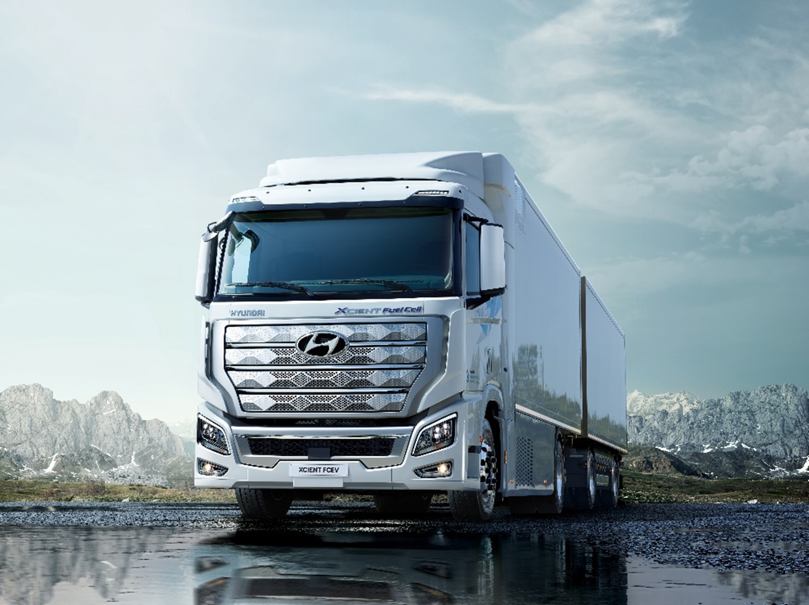 Hyundai FCEV Truck