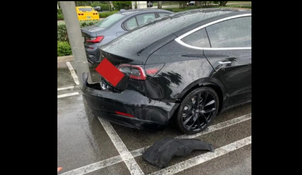 Tesla Model 3 Bumper Back