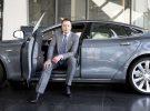 Elon Musk avanza: las baterías de Tesla tendrá más potencia próximamente