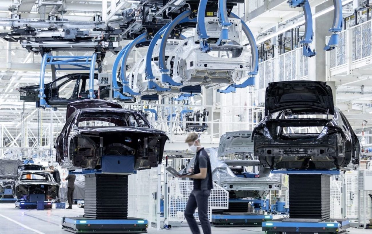 Mercedes Benz Sindelfingen Factory 56 Production