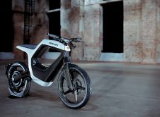 Novus Electric Bike Front