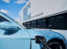 Porsche Mobile Taycan Charging