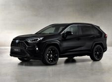 Toyota Rav4 Electric Hybrid Black Edition (1)
