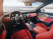 Jaguar F Pace 2020 37