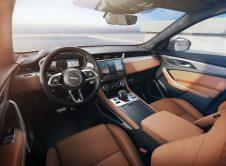 Jaguar F Pace 2020 39