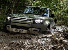 Land Rover Defender P400e (5)