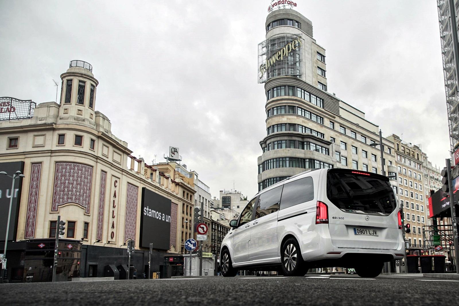 Prueba Mercedes Benz Eqv (2)