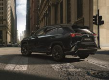 Toyotarav4electrichybrid2021 Blackedition1