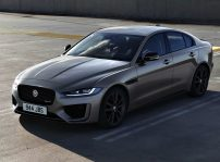 Jaguar Xe 2021 (2)
