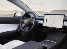 Tesla Model 3 2021 Interior