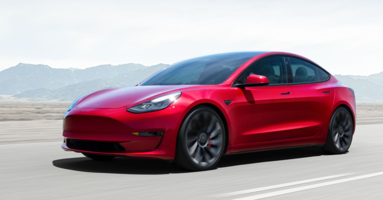 Tesla Model 3 2021 Road