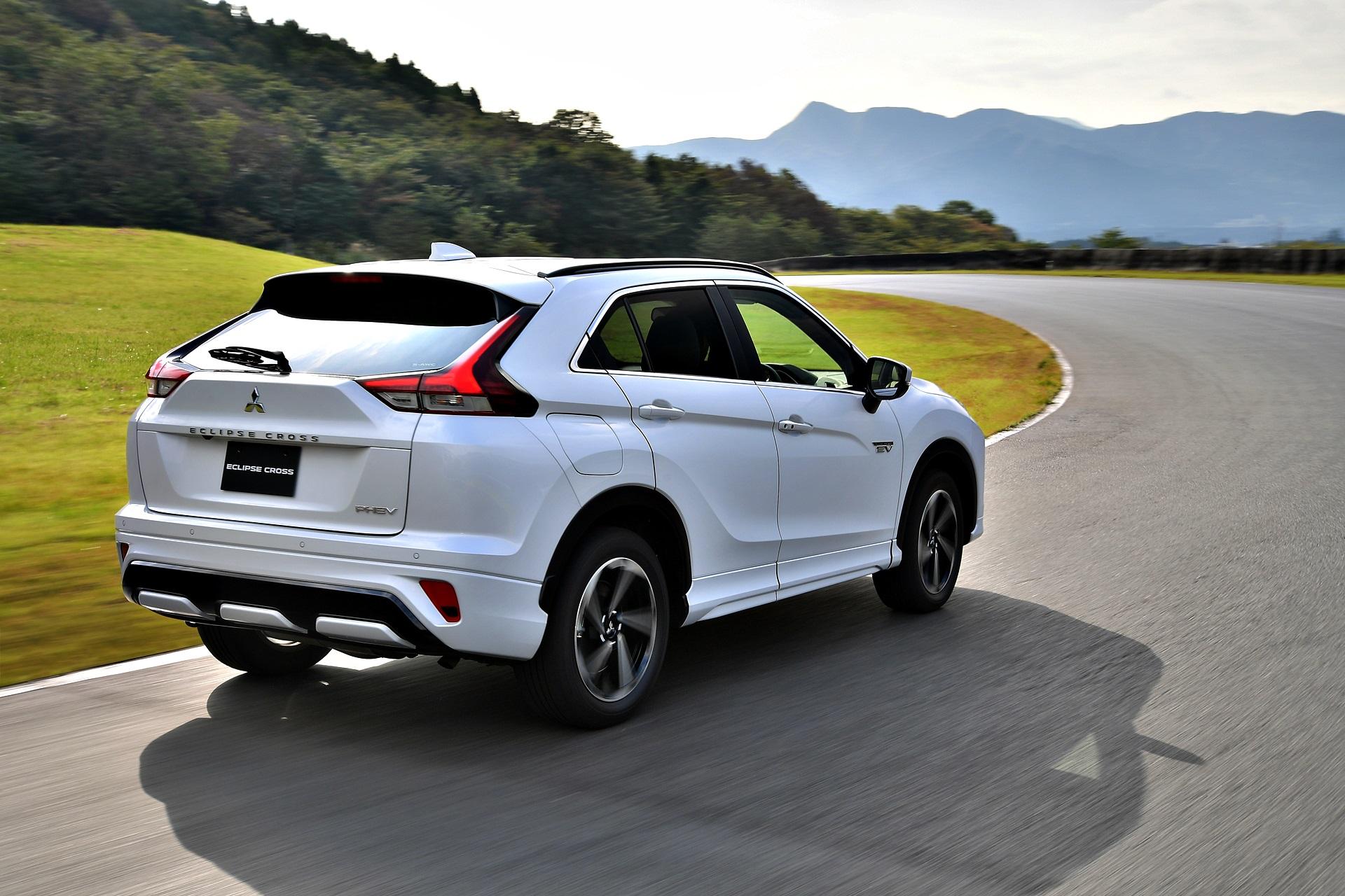 Mitsubishi Eclipse Cross Phev 2