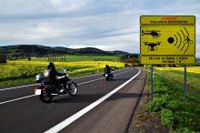 La DGT presenta sus nuevas y siniestras señales de advertencia en tramos con puntos negros