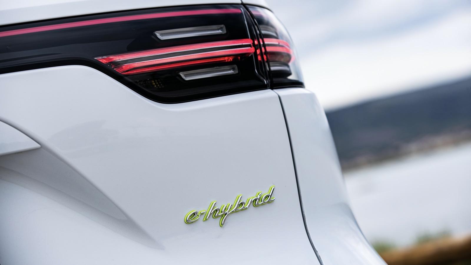 Porsche Cayenne Hibrido 2