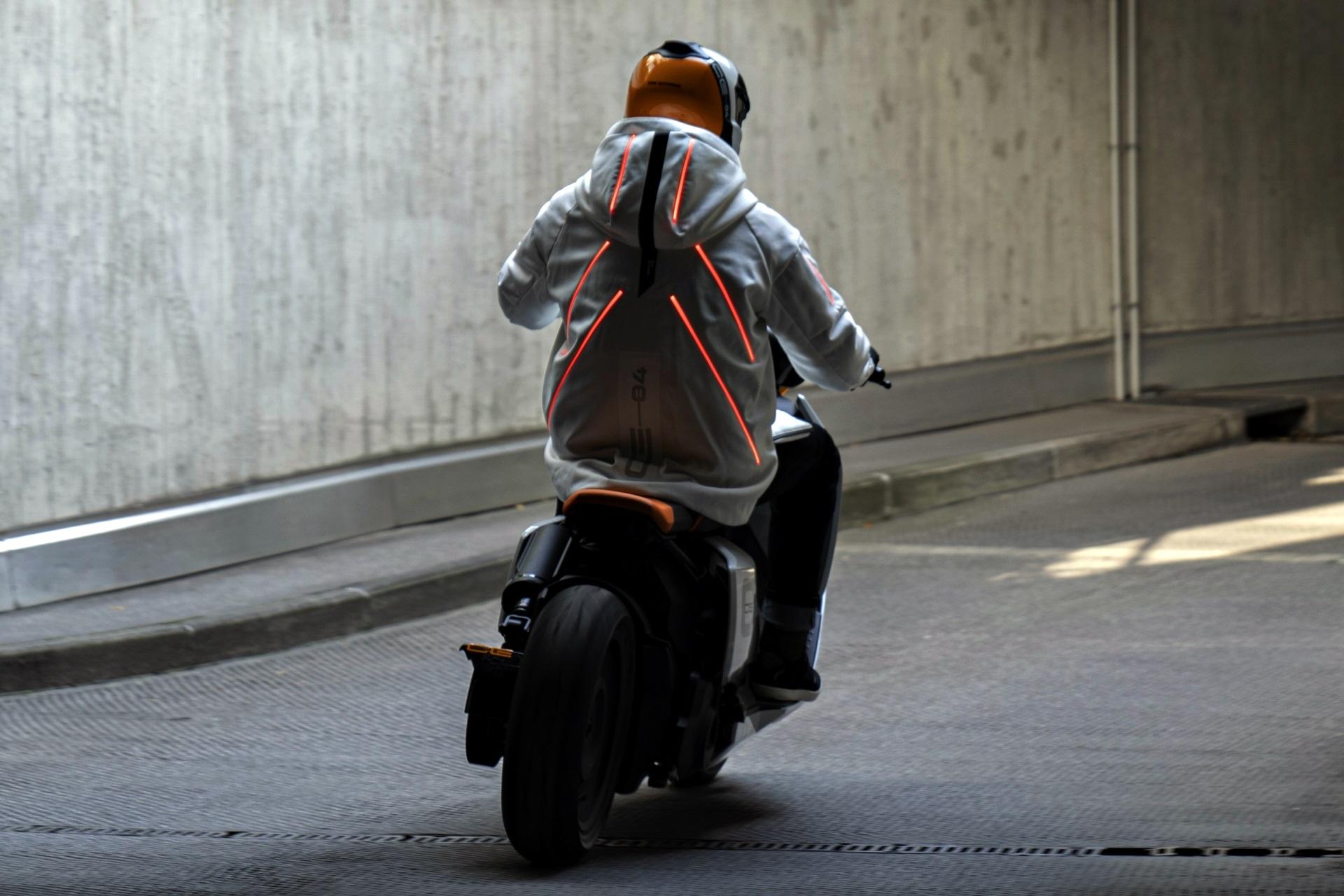 Bmw Motorrad Definition Ce 04 (5)