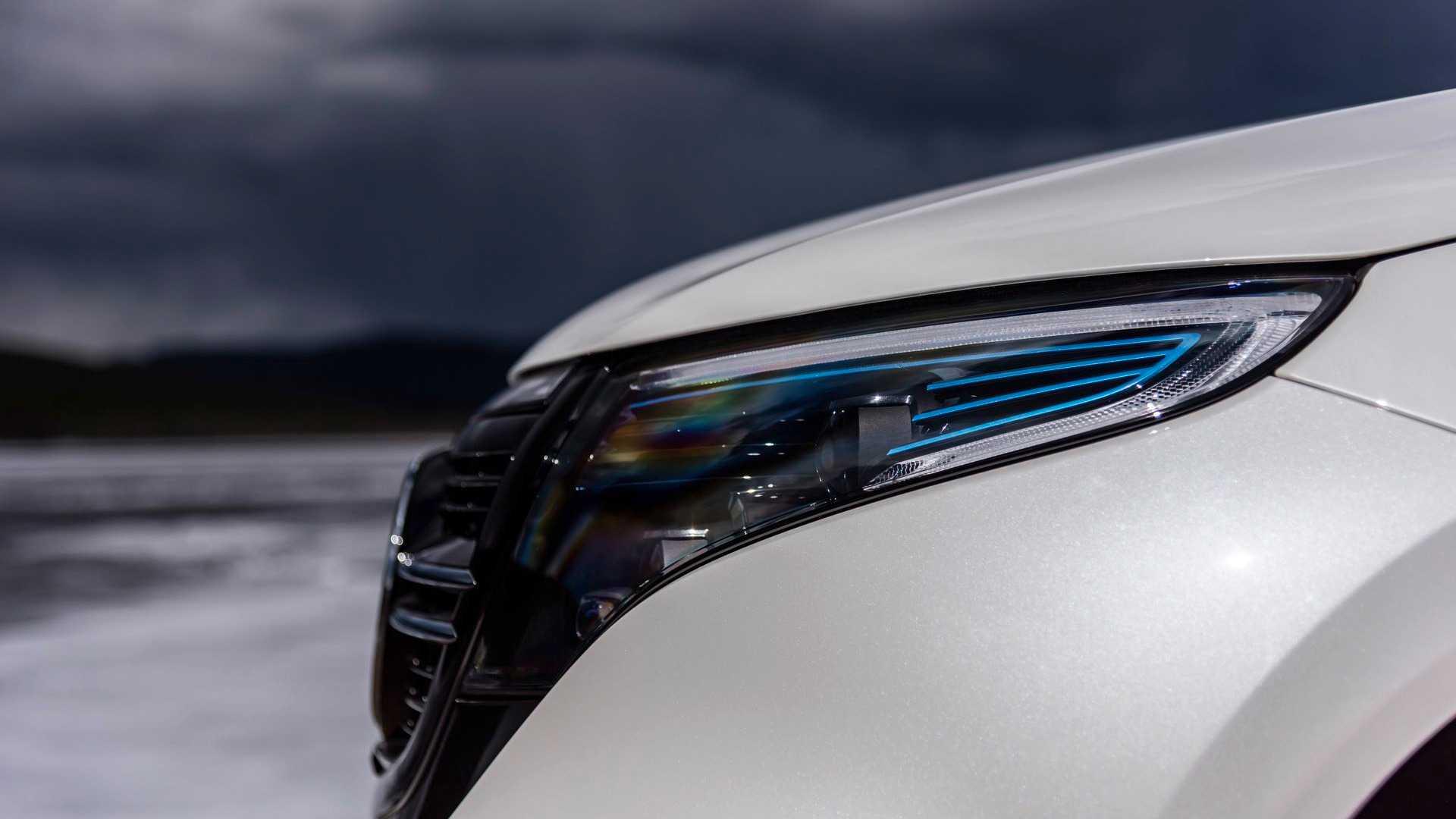Mercedes Benz Eqc Lights