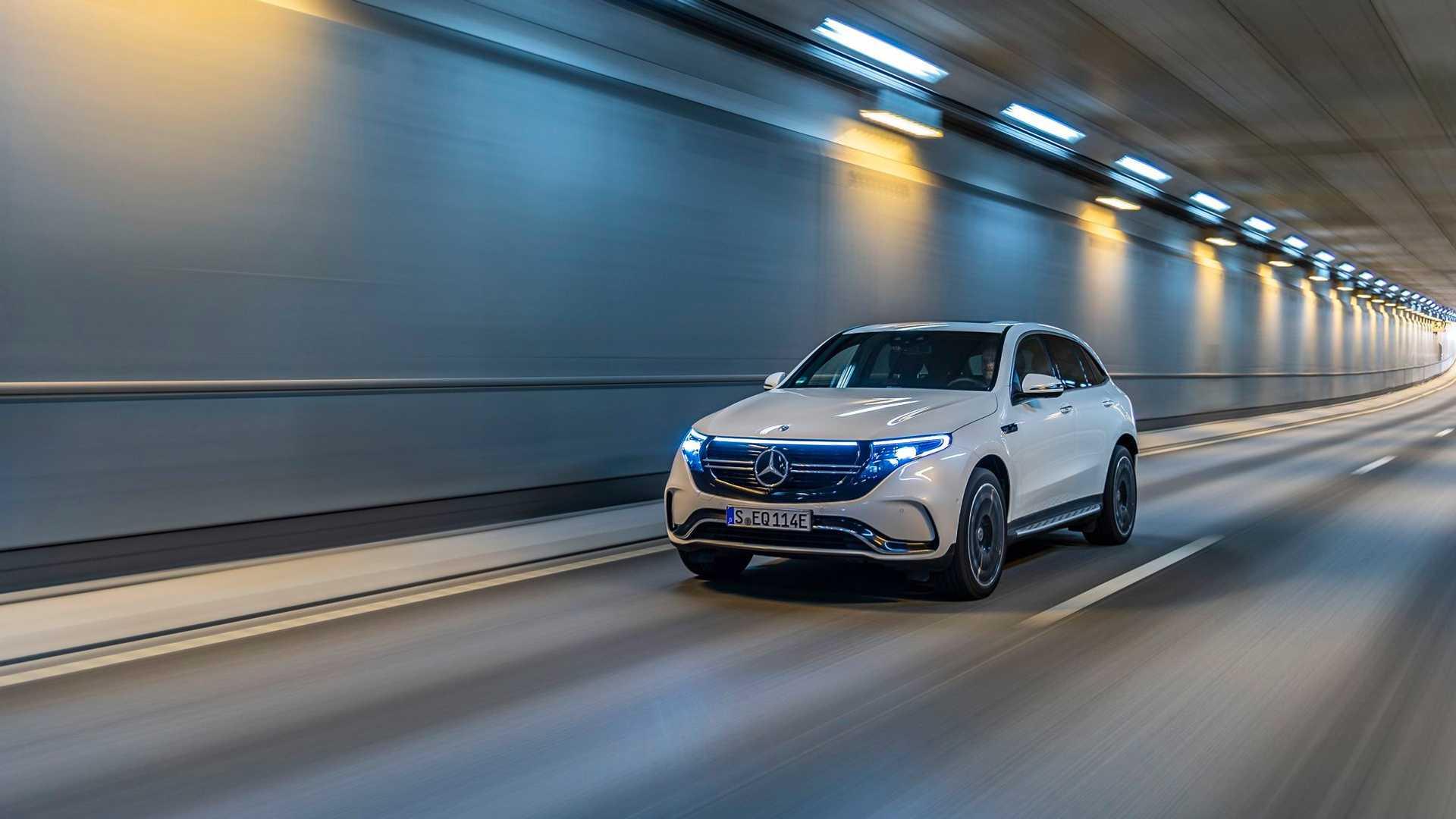 Mercedes Benz Eqc Tunnel