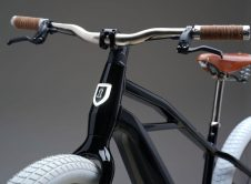 Serial1 Electric Bike Close