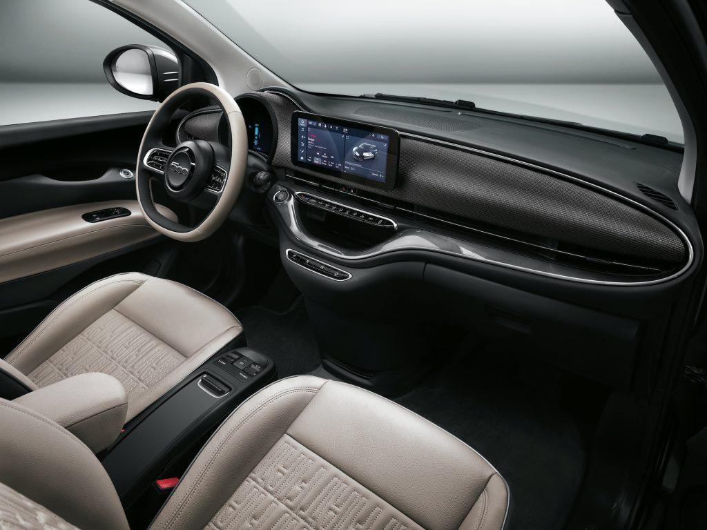 Fiat 500e Drivingeco12
