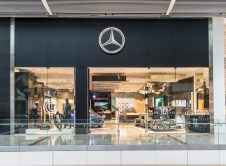 Concesionario Show Room Mercedes