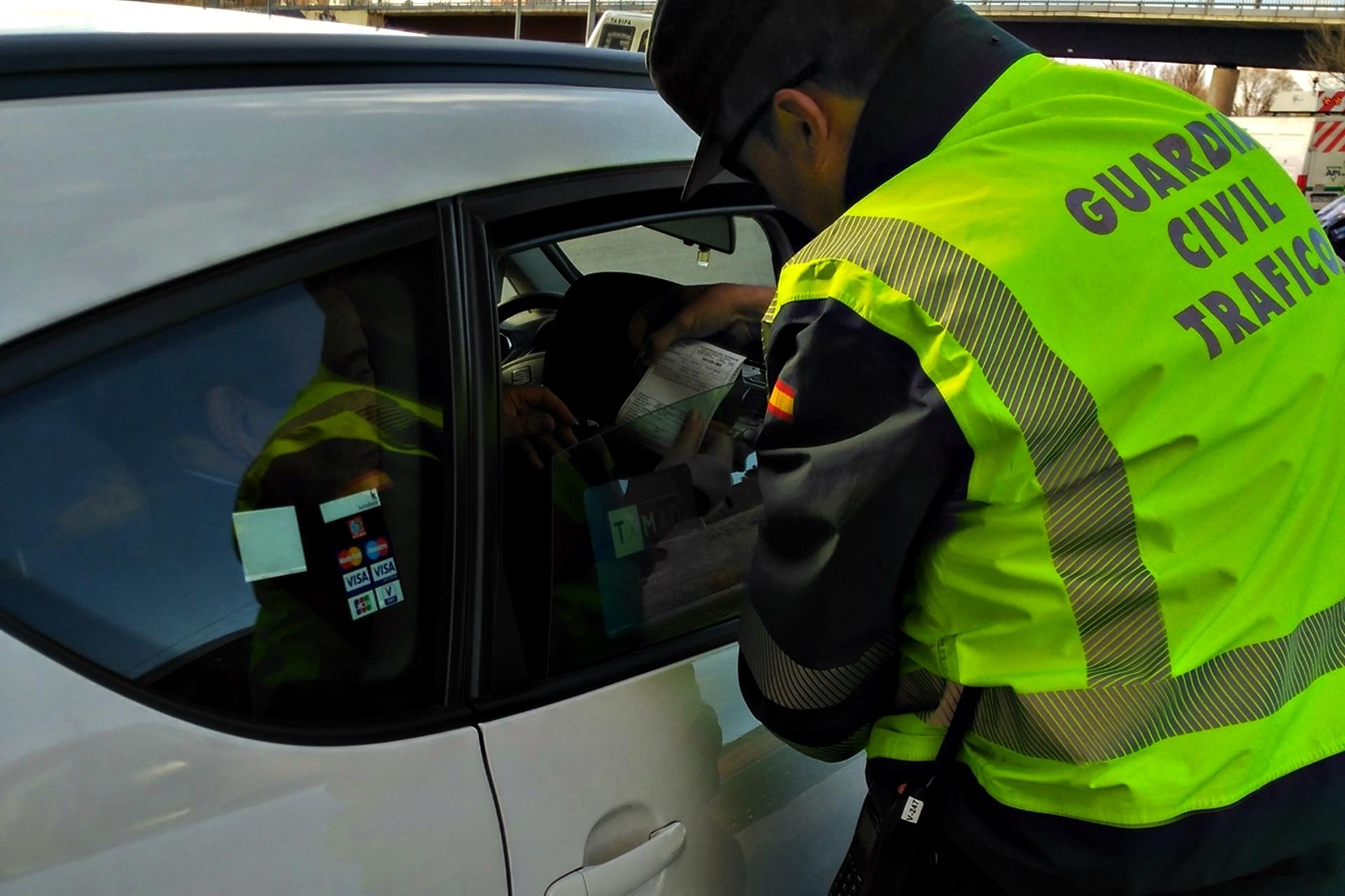 Guardia Civil Taxi Multas Dgt 02